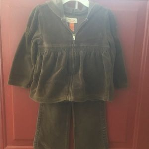 Toddler girl Velour 2pc outfit 3T